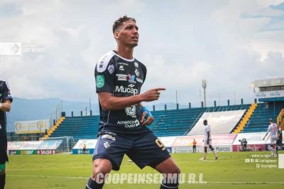 Marcel Hernández entre los 10 goleadores del mundo